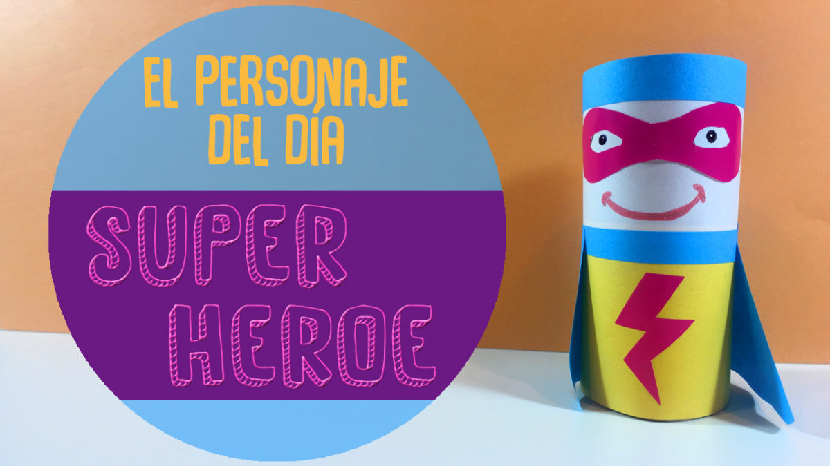 superheroe de materiales reciclados