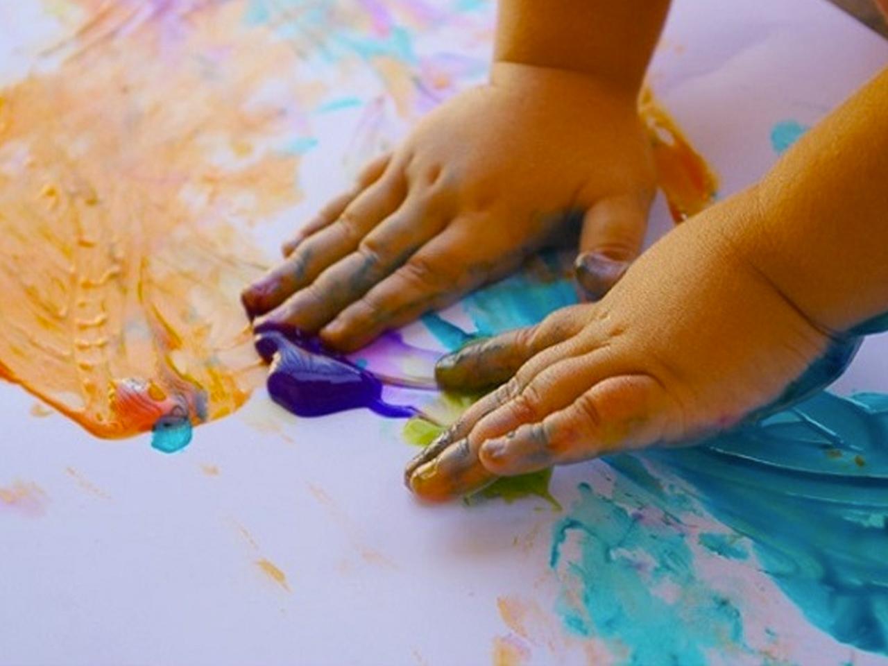 processos creatius fent manualitats infantils