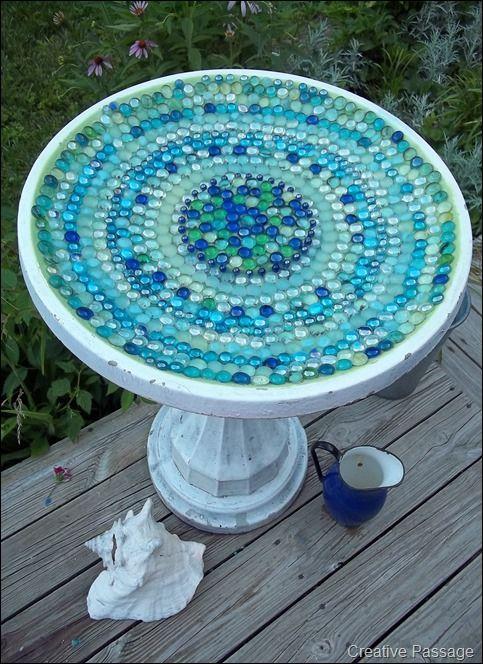 decoracion reciclada para baños exteriores