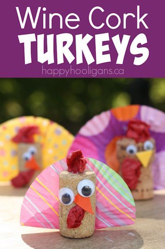 Cork Turkey Craft for kids to make for Thanksgiving. Cute and easy last minute Thanksgiving craft to keep the kids busy while you're carving the turkey. Great table toppers for your Thanksgiving table, and super way to use up your wine corks! - Happy Hooligans