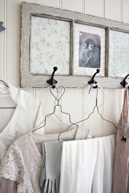 Genial y preciosa idea para una ventana antigua. Más: