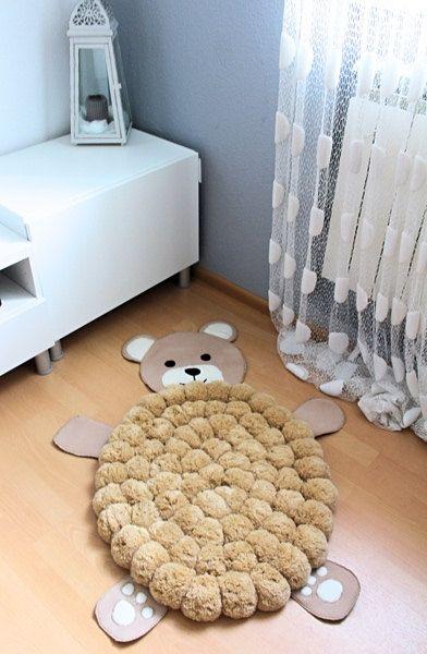 Alfombra reciclada de ositos para decorar reciclando habitación de bebé