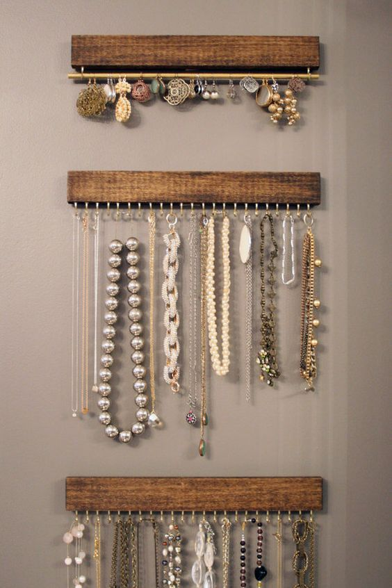 wood and brass hanging necklace display rack and por fairlywell: