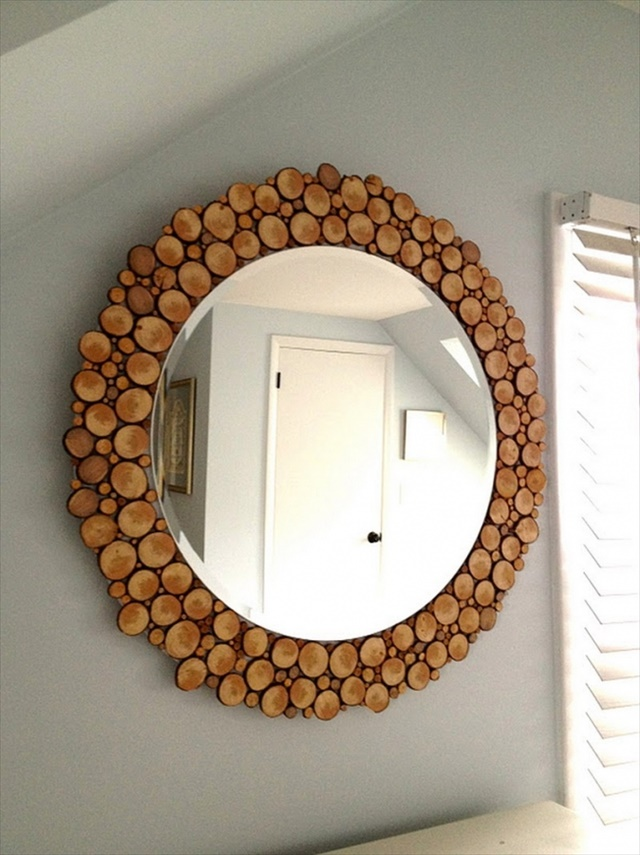 diy-wood-slice-mirror