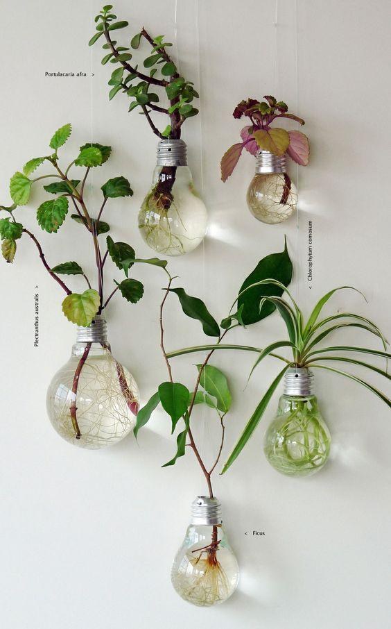 decoracion reciclada para habitaciones con bombillas