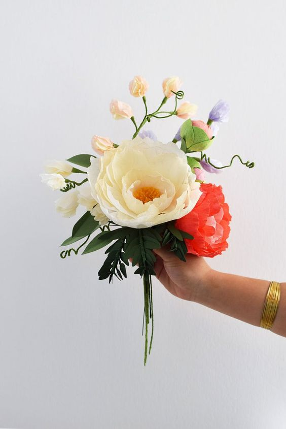35 Ideas Faciles Con Flores De Papel Crepe Top 2019 Uma