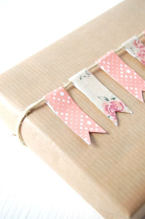 Cajas decoradas con washi tape y papel kraft