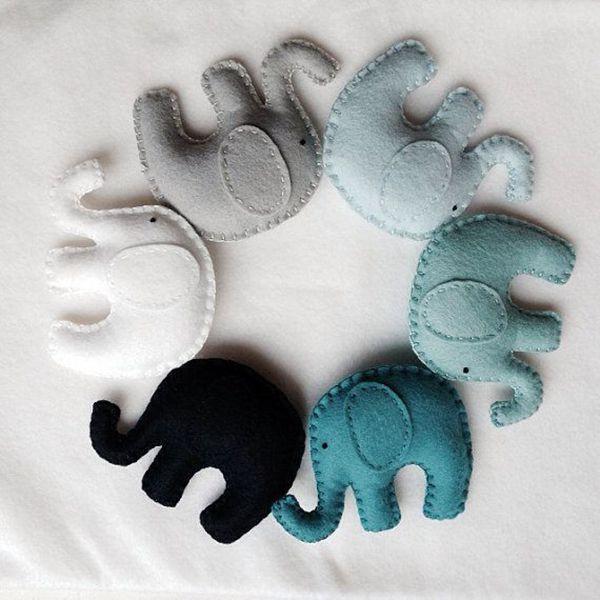 Elefantes de fieltro