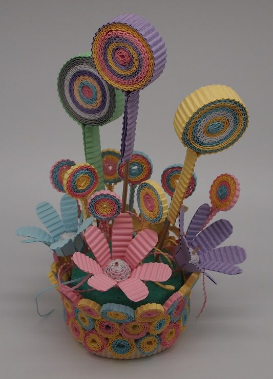 Spring Color Centerpiece with Kokoru Ichiro - color corrugated.: