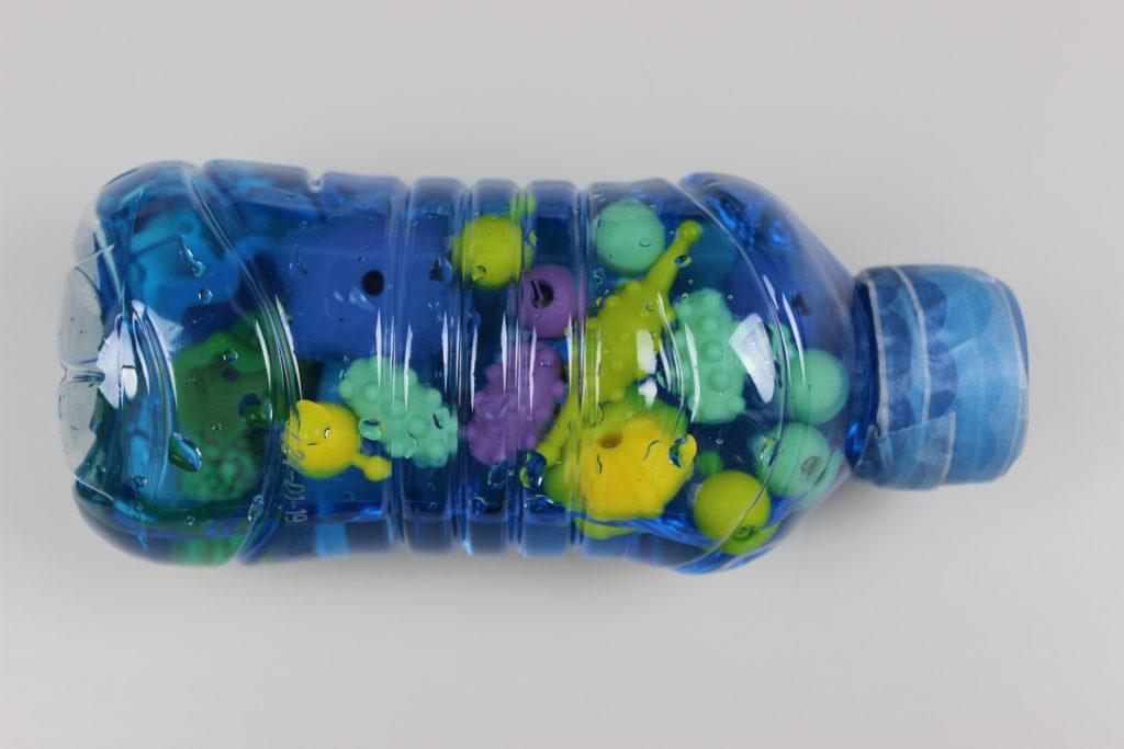botella sensorial montessori de bebes