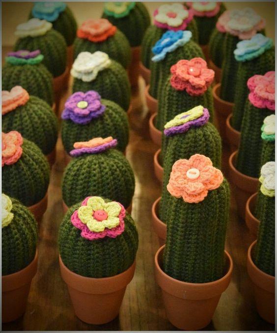 cactus con ganchillo