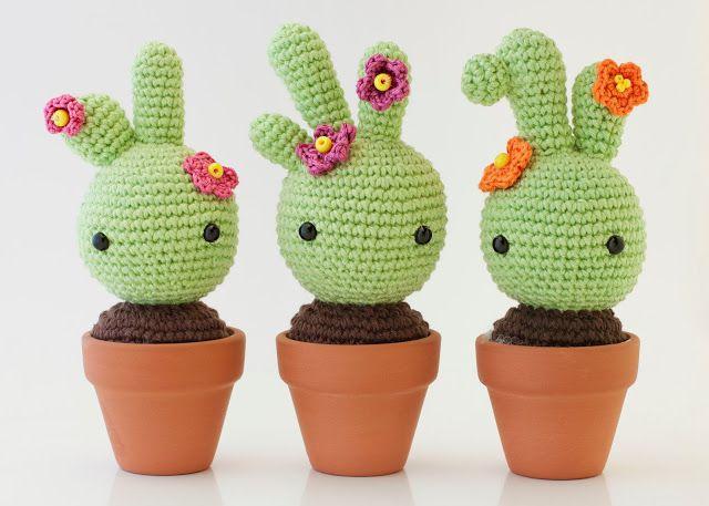 cactus de crochet con maceta