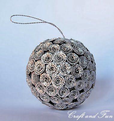 como hacer decoraciones de arbol de navidad con capsulas nespreso