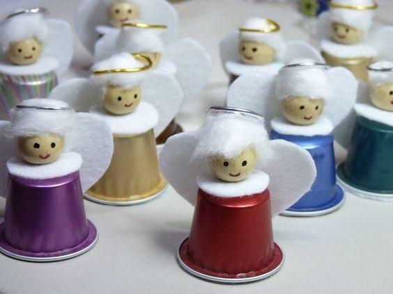 figuras de navidad con capsulas de cafe