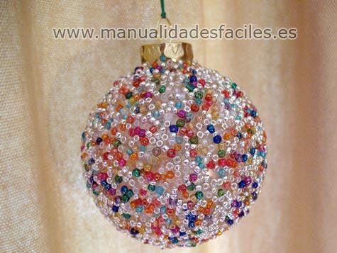 bolas navideñas caseras de poliespan con alfileres
