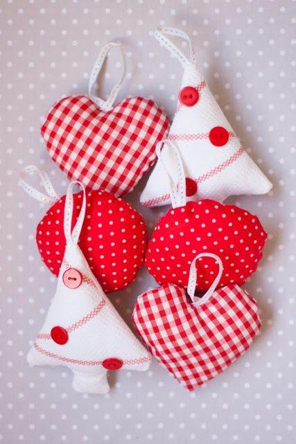 Bolas de navidad con tela top bolas de navidad hechas a - Adornos navidad tela ...