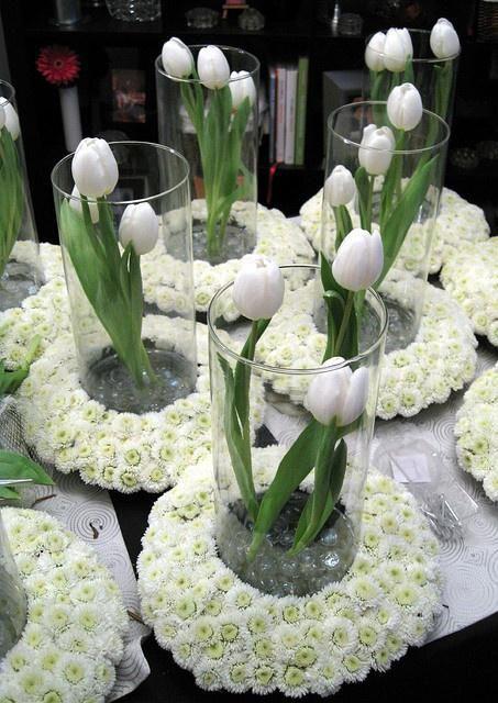 centros de mesa de comunión florales