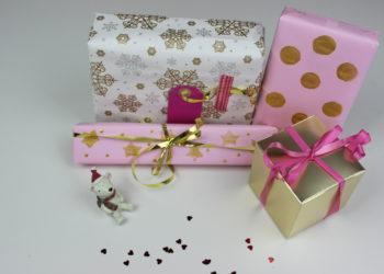 envolver y decorar regalos de navidad