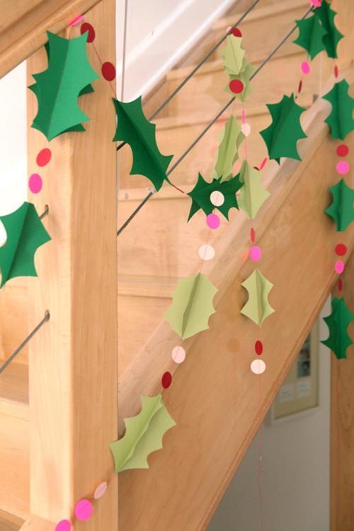 Guirnalda navideña con papel facil