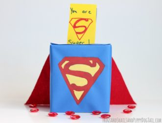 buzon de san valentin de superman