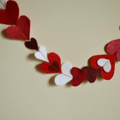 Guirnaldas de fieltro para San Valentin