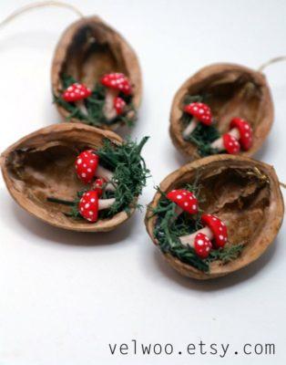 Adornos para Navidad con nueces.