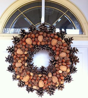 Coronas Navideñas con frutos variados