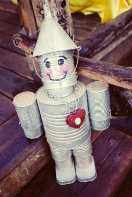 Muñeco de lata