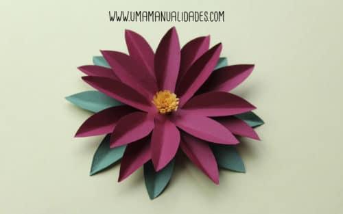 flor de pascua de papel