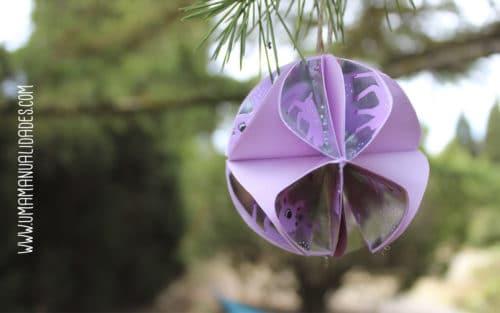 bola de navidad con papel